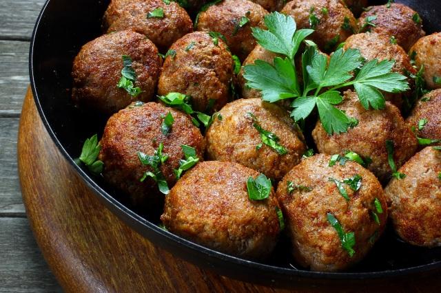 Burghul Meatballs